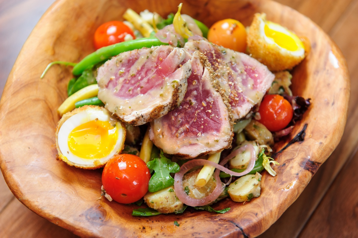 Grilled-Pacific-Yellowfin-Tuna-Nicoise-Salad