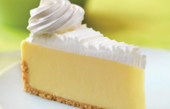 sponge-cakes-lovely-cream-key-lime-cake-decorating-idea-with-white-cream-cool-key-lime-cake-decorating-ideas